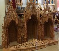 Tòa công giáo tòa 3